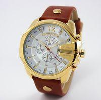 Wholesale New CURREN Watches Luxury Brand fashion Leather Strap Watch Men Quartz Waterproof calendar analog sports Watches