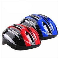 Wholesale AUGUST The new ultra light breathable men outdoor mountain road bike riding helmet riding equipment