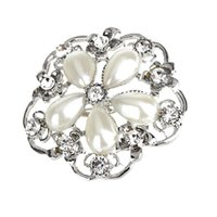 Wholesale Friendship Fashion Flower Dress Brooch Pin Bead Rhinestone Crystal Flower Leaf Women Brooches For Wedding Bridal Bridesmaid