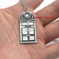 Wholesale 1pcs Door Sherlock Holmes Necklace B Vintage movie Jewelry zone
