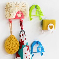 Wholesale pieces Kitchen Sucker Sponge Storage Rack With A Hook Wall Suction Plastic Kitchen Sink Utility Hook New Home Tool