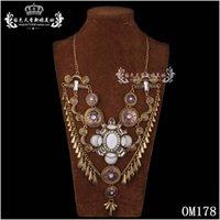 Wholesale Hot Sale Rhinestone Pendant Alloy Fashion Jewelry Vintage Crystal Bid Statement Necklace Maxi Necklaces Pendants for Women