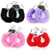 Wholesale 1 Pair Stylish Soft Metal Adult Hen Night Party Game Sexy Gift Furry Fuzzy Handcuffs