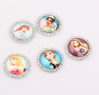 angels snow - Crystal Snow Frozen pendant Resin cabochon jewelry Cartoon Pendants for women girl children Christmas gifts BE317