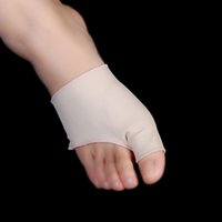 Wholesale 1 Pair Unisex Big Little Toe Separator Hallux Valgus Varus Straighteners Bunion Corrector Sock Feet Care Tool Foot care