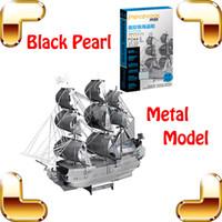 Nuevo regalo de la llegada del negro de la perla 3D del modelo de la nave del metal Colección de DIY Famoso barco de pirata Decoración de la oficina Decoración Diversión Juguetes