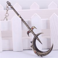 Wholesale Game LOL Soraka Crescent Staff Weapon Keychain League of legends Car Key Chain Key Rings Men Ring Chain