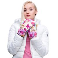Wholesale Fashion emoji D Graphic Full print Winter Mitten Warm Gloves Cute pink Monkeys Women Girls Classic Pattern Cosy Windproof Cool Gloves New