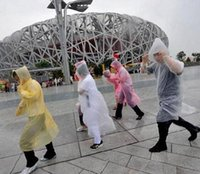 Wholesale One time Raincoat Disposable PE Raincoats Poncho Rainwear Travel Rain Coat Rain Wear DDD1249 A