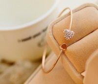 achat en gros de amour bracelets strass-2016 femmes nouveau style de mode d'or strass Heart Love Cuff Bracelet Bangle Bracelets Bijoux de mariage