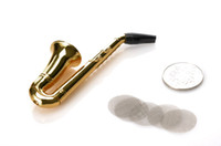 bent type wholesale novelty items - 12pcs Small Saxophone Shape Metal Tobacco Pipe For Smoking Herb With Retail Package With Screen Novelty Item Smoking Pipe