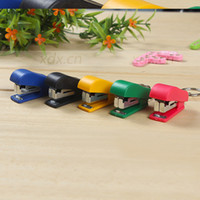 Wholesale Creative gifts key chain toy super small mini stapler stapler stationery small gifts