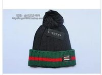 Wholesale The new lady cute leisure warm winter with the ball of wool hat