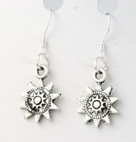 antique fishing gear - 2016 hot x33 mm Antique Silver Sun Dots Gear Charm Pendant Earrings Silver Fish Ear Hook Chandelier E121
