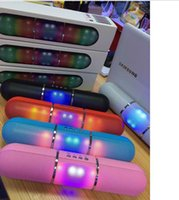 Wholesale New Pills Led Flash Lighting X70 Portable Wireless Bluetooth Speaker Bulit in Mic Handsfree speakers Support FM phone call