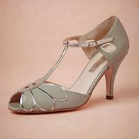venda por atacado botas curtas-Vintage Mint sapatos de casamento casamento Bombas Mimosa T-Correias Buckle de couro partido Encerramento Dance 3