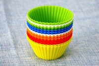 Wholesale 7cm Candy Color Silicone Cake Baking Moulds Muffin Cup Cake Moulds FDA SGS Non toxic Tasteless Non stick Bakeware Cupcakes