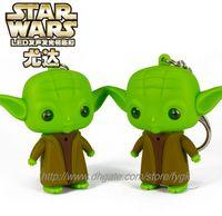 Wholesale Star Wars Master Vader Yoda LED keychain Light Luminous Couples key Pendant Movie character Jedi key rings hot