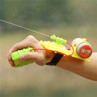 Wholesale 10pcs New Cool Interesting Water Fight Pistol Swimming Wrist Water Guns Intelligent Children Summer Beach