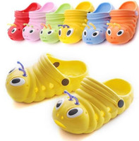 garden clogs shoes - Summer Kids Sandals Baby Girl Garden Hole Shoes Children Boy Caterpillar Mules Clogs EVA Slides Beach Slippers Flip Flops