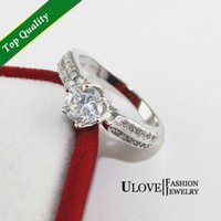 affordable jewelry - 2015 New Hot Sale Cluster Rings High Quality Affordable Simulated Diamond Jewelry Elegant Cubic Zirconia Wedding Band Engagement Rings Y027