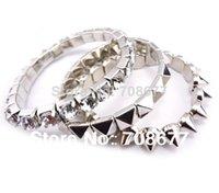 achat en gros de cristaux pointes bracelet-aucune min pour 2014 Rivet cristal de Spike stretch Bracelets Bangles pour les bijoux des femmes de mode de marque