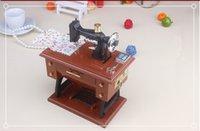 Wholesale 2015 Novelty Vintage Mini Sewing Machine Music Box Sartorius Model Musical Toy Cute Music Box Sewing Machine Gift