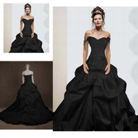 Wholesale Vintage Gothic Ball Gown Wedding Dresses Off the Shoulder Straps Sweetheart Neckline Ruched Chapel Train Gothic Black Wedding Gowns