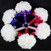 al por mayor reales flores de seda azules-2016 Rose elegante artificial nupcial de la novia florece el ramo ramo de la boda de cristal real de la cinta de seda azul de Nueva Buque de Noiva 6 colores