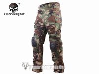 Cheap Wholesale-Hunting clothing Emerson G3 Combat uniform shirt & Pants w  knee pads Army Airsoft clothes Woodland