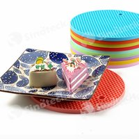 Wholesale Table Mats Silicone Round Non slip Heat Resistant Mat Coaster Cushion Placemat Pot Holder Colors Silicone Mat Kitchen Accessories Free DHL