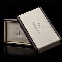 Wholesale DW watches Box hot new Daniel Wellington luxury fashion brand brown watch box Manual s
