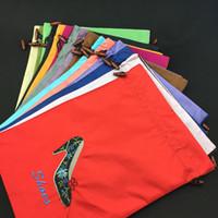 achat en gros de extrémités tissu-Réutilisable Drawstring Satin Voyage Shoe Bag Sacs de rangement Sacs à poussière Sacs de broderie Haut de gamme Fin Protection de tissu avec doublure en gros