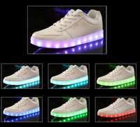 Wholesale Retail Man Woman Shoes Kids Sneakers Boys Girls Stylish LED Light Luminous Men Women Couple Sports Athletic Shoes