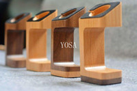 Wholesale New products modern office display products stand WATCH smart bracelet wooden stand watch Chin Smart Watch charging stand
