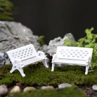 beach bathroom accessories - 1Pcs Plastic Craft Mini White Park Chairs Ornament Decoration Beach Artificial Micro Landscape DIY Garden Plant Accessories