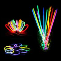 glow light sticks - Multi Color Hot Glow Stick Bracelet Necklaces Neon Party LED Flashing Light Stick Wand Novelty Toy LED Vocal Concert LED Flash Sticks HOT10