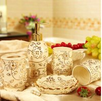 Wholesale Ceramic fashion and practical wedding gift wash gargle suit cover bathroom suite bathroom five times