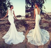 Cheap 2015 Boho Wedding Dresses Lace Crew Neck Sleeveless Sexy Backless Wedding Gowns Court Train Beach Wedding Dresses dhyz 02