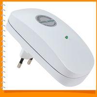 Wholesale 90V V Digital Intelligent Power Saving Box Power Saving Electricity Energy Saver Box for Home EU Plug