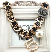 Gros-2015 Nouvelle grosse chaîne en métal bijoux vintage Collier Choker Collier surdimensionné pour les femmes Cinq Perle Fleur Collares X024