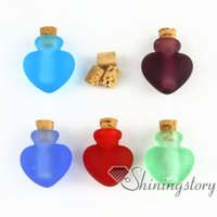pet urns - small glass vials keepsake cremation urns jewelry ashes pet remembrance jewelry