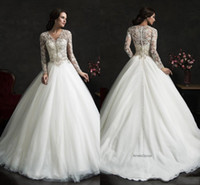 Cheap Long Sleeves Wedding Dresses Ball Gown Style 2015 Amelia Sposa Leonor Wedding Dress Sheer V-Neck Applique Lace Tulle Bridal Gown dhyz 02