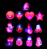 Wholesale Hot Sale Children Hallowmas Gifts LED Cosplay Adornment LED Flashing Halloween Brooch LED Toys