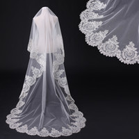 Wholesale Cathedral Length Bridal Veil with Lace Crystal Bridal Veil White Diamond Ivory Veil EM05682