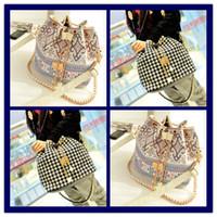 Wholesale Woman s Fashion Low Price Drawstring Shoulder bags Girls Fashion Canvas Handbags Womens Shopping Bags Children s School bag Designer purse