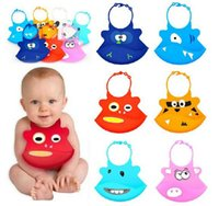 Wholesale New Cute Waterproof Silicone Baby Saliva Bib Cartoon Infant Bibs Slobber Pockets Christmas Gift to Baby