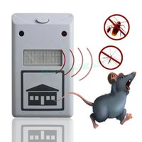 Wholesale Ultrasonic Electronic Mouse Repeller Anti Mosquito Insect Reject Cockroach Pest Control Retail