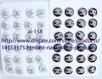 Wholesale New arrival Pair sell like hot cakes fashion Logo Crystal Earrings High quality Jewelry