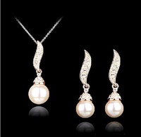Wholesale Silver Gold Fashion Drop Cream Pearl and Rhinestone Crystal Necklace earrings Pandants Jewelry Set Valentine s Day Gift
